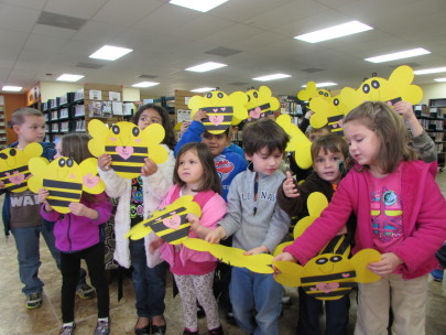 GL Ms Pat's headstart class and their Valentine Bees 2-9-15