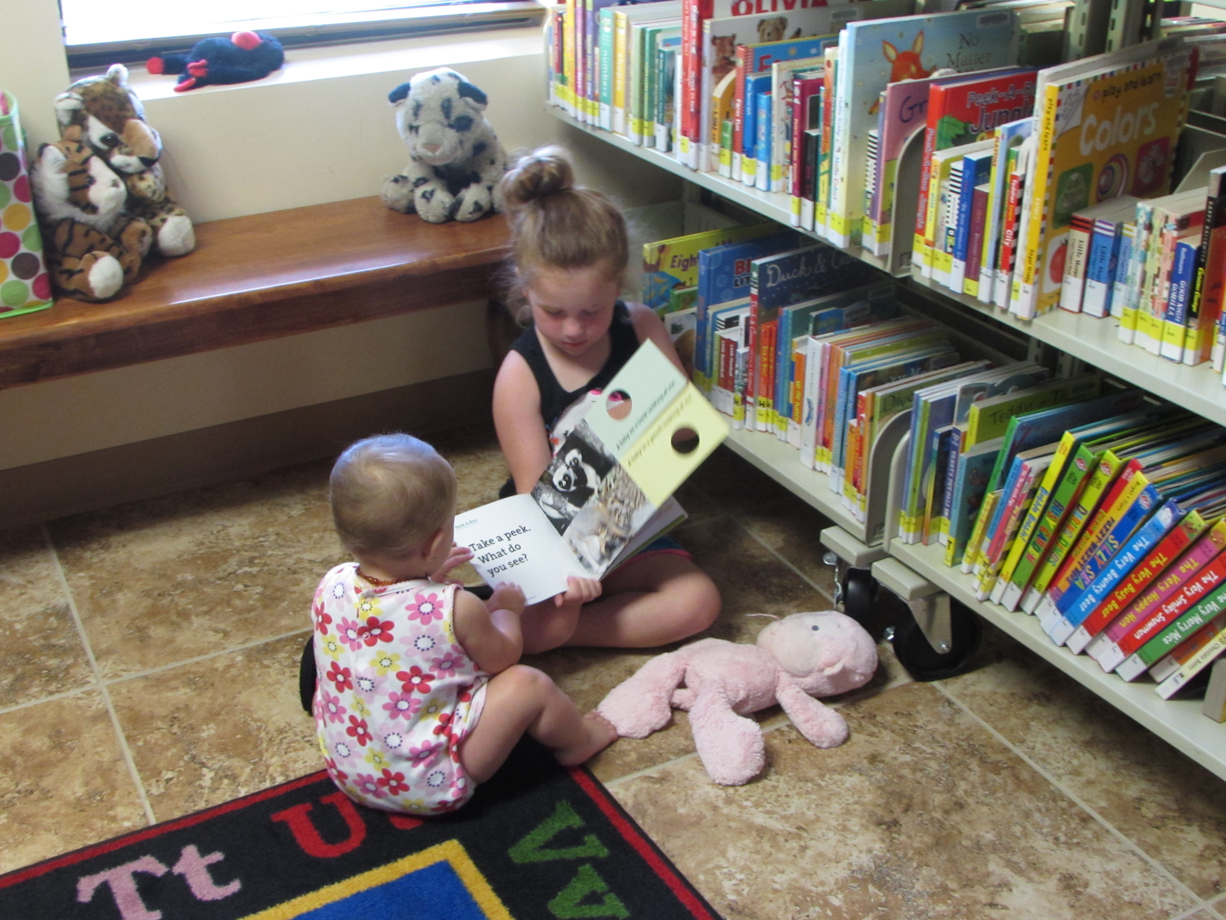 GL toddler & child reading