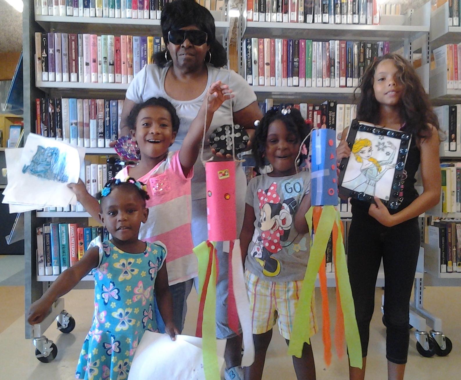 Cam_grandma with grandchildren