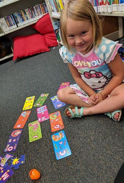 HB toddler Playing card games