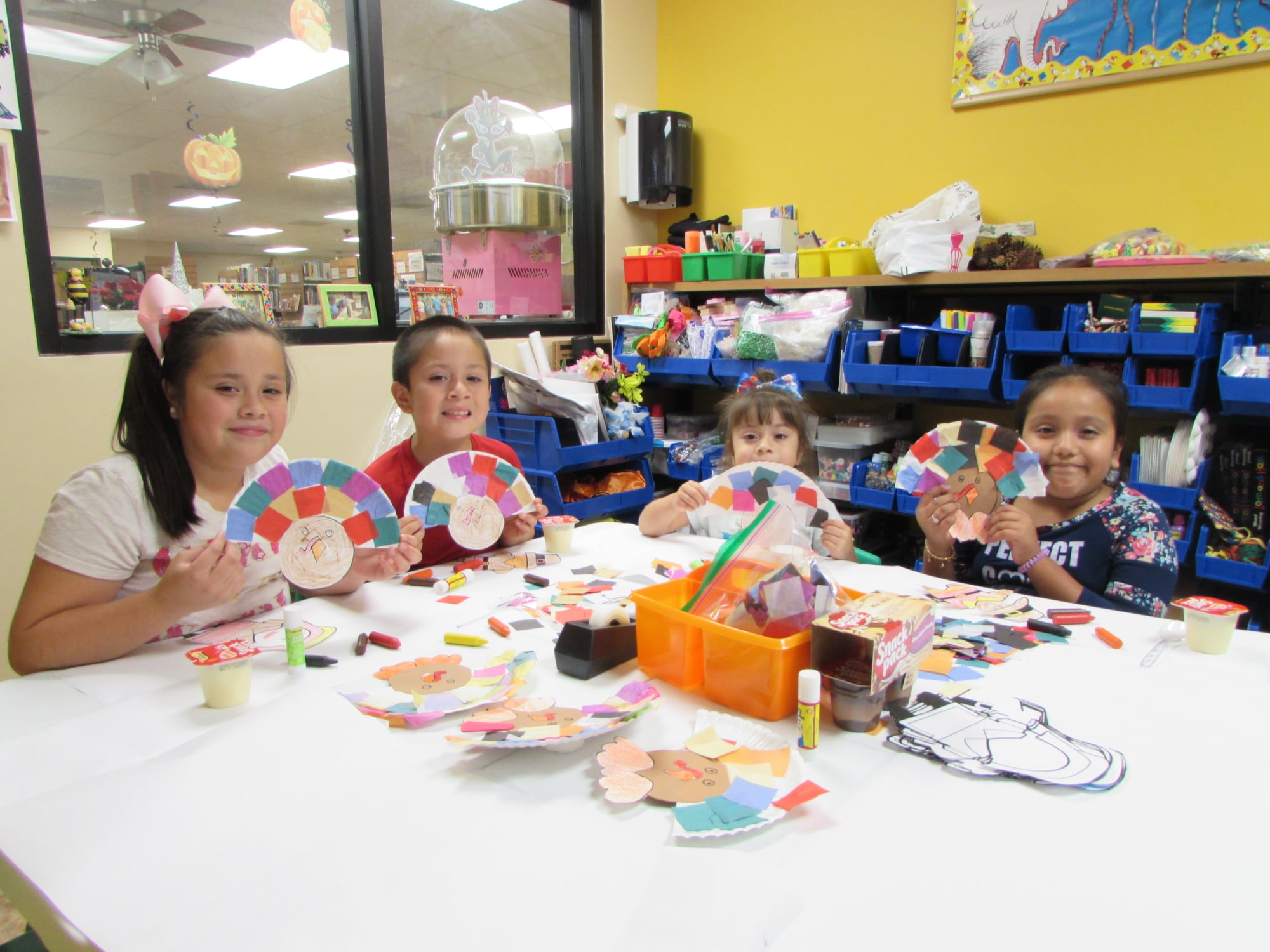 Web_GL_kids make turkeys